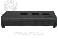 Magpul MOE Forend fits Mossberg 500/590 Black MAG491