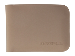 Magpul DAKA Bifold Wallet in Flat Dark Earth (*LZ) - Cool EDC Gear | NDZ Performance
