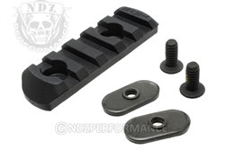 Magpul MOE Polymer Rail Section 5-Slot Black for AR MAG406